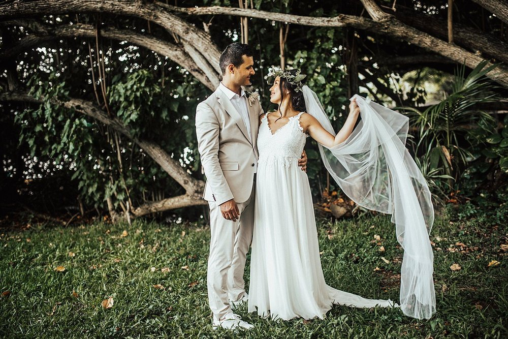 intimate-adventurous-oahu-hawaii-elopement-photographer-171.jpg