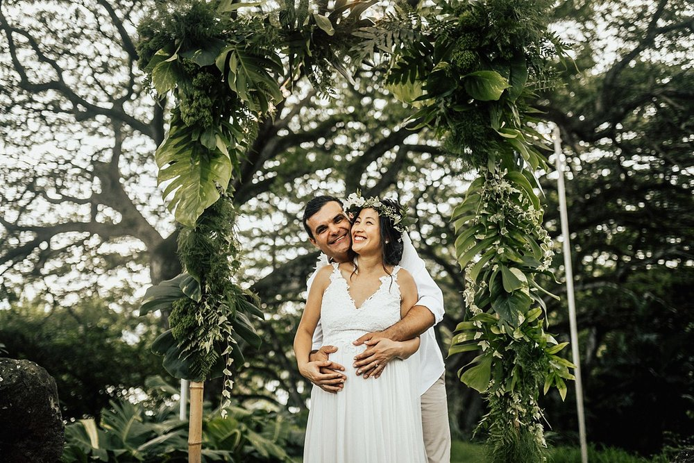 intimate-adventurous-oahu-hawaii-elopement-photographer-243.jpg