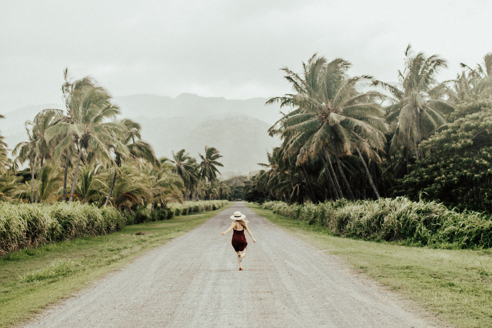 adventurous-destination-hawaii-elopement-photographer