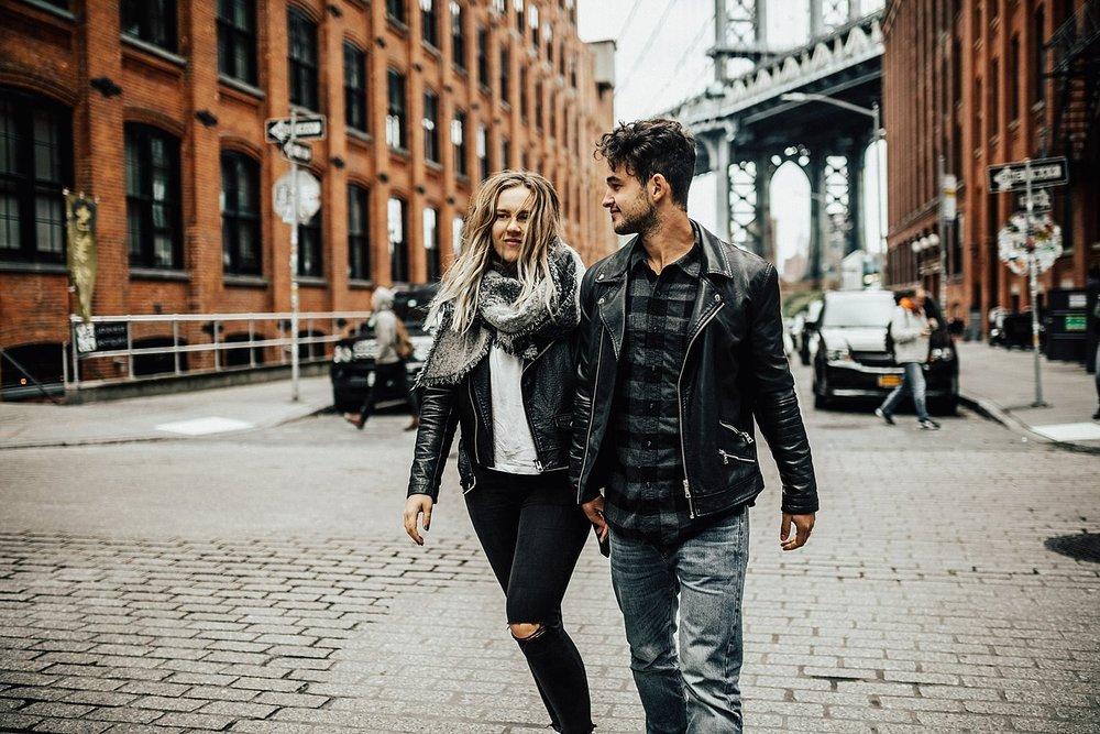 brooklyn-bridge-new-york-city-couple-session-54.jpg