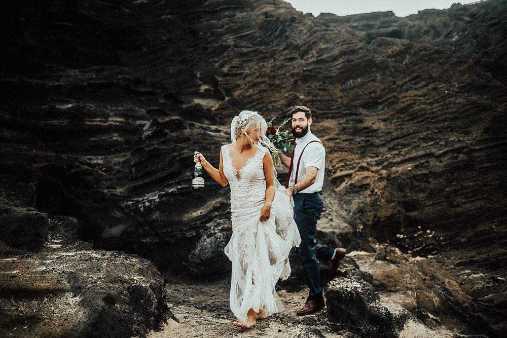 adventurous-destination-elopement-hawaii-photographer_0002.jpg