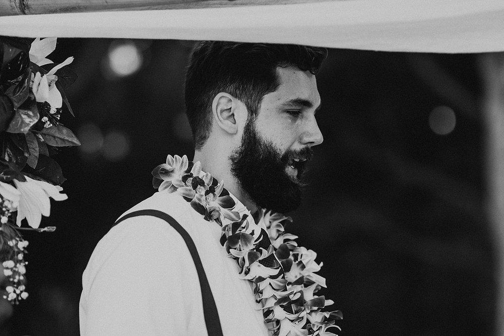hawaii-destination-intimate-elopement-photographer_0021.jpg