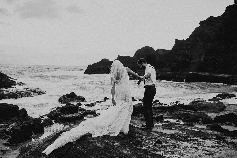 hawaii-destination-intimate-elopement-photographer_0068.jpg