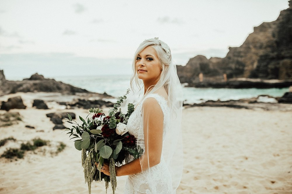 hawaii-destination-intimate-elopement-photographer_0075.jpg