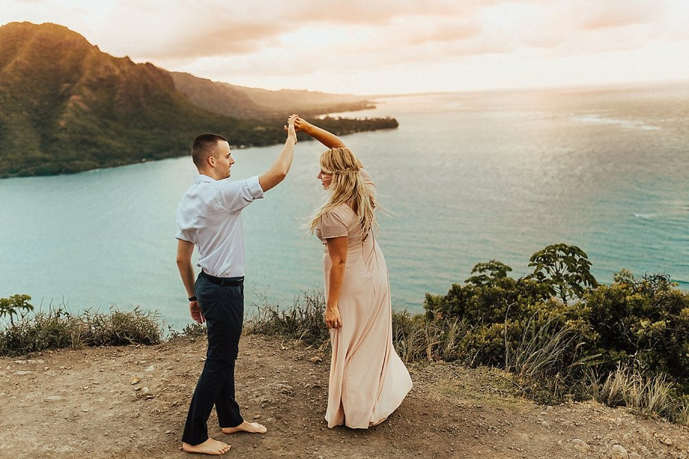 hawaii-destination-intimate-elopement-photographer_0192.jpg