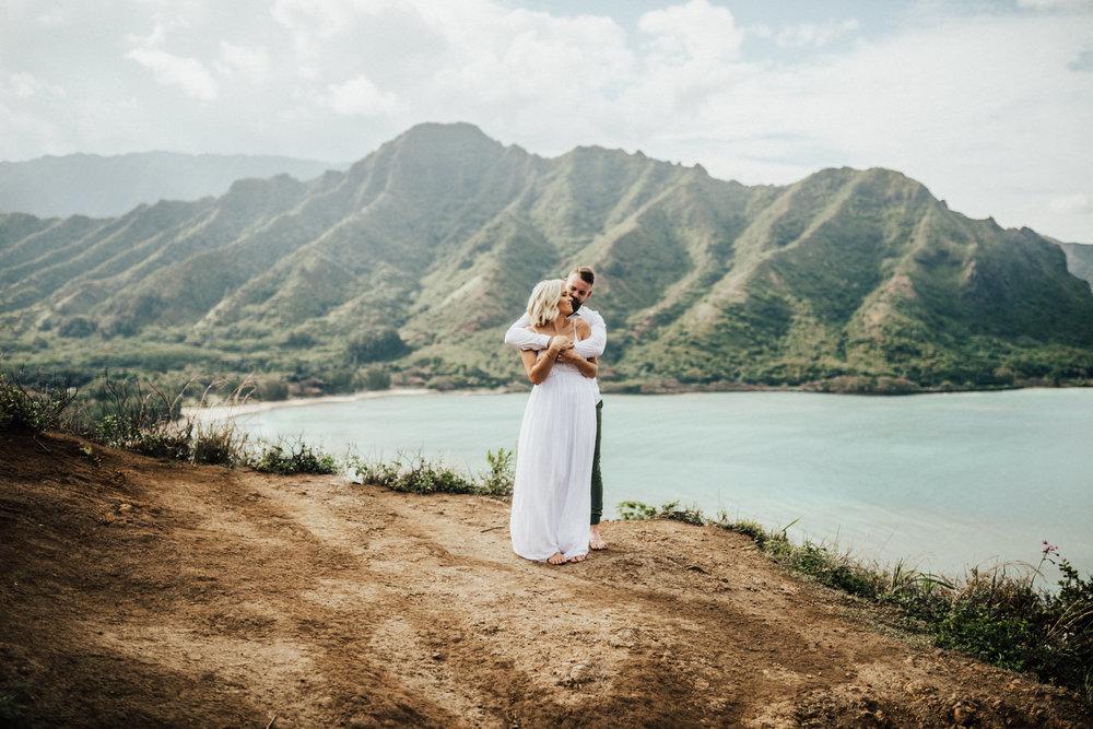 Crouching Lion Couple Session Oahu Hawaii