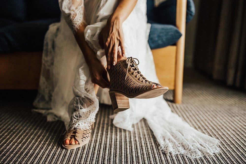 liljestrand-house-tantalus-drive-honolulu-hawaii-bohemian-inspired-wedding-33.jpg