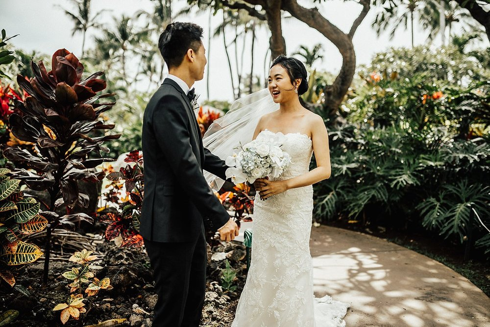 big-island-fairmont-orchid-hawaii-destination-wedding-28.jpg