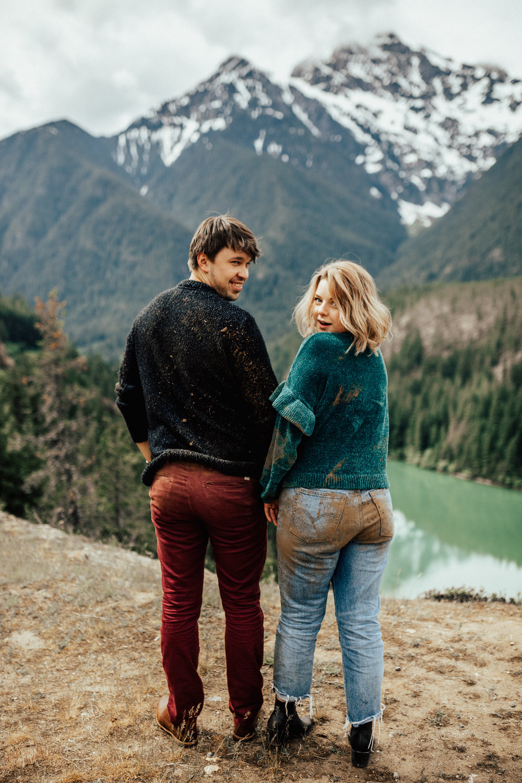 diablo-lake-adventurous-engagement-session-intimate-elopement-photographer