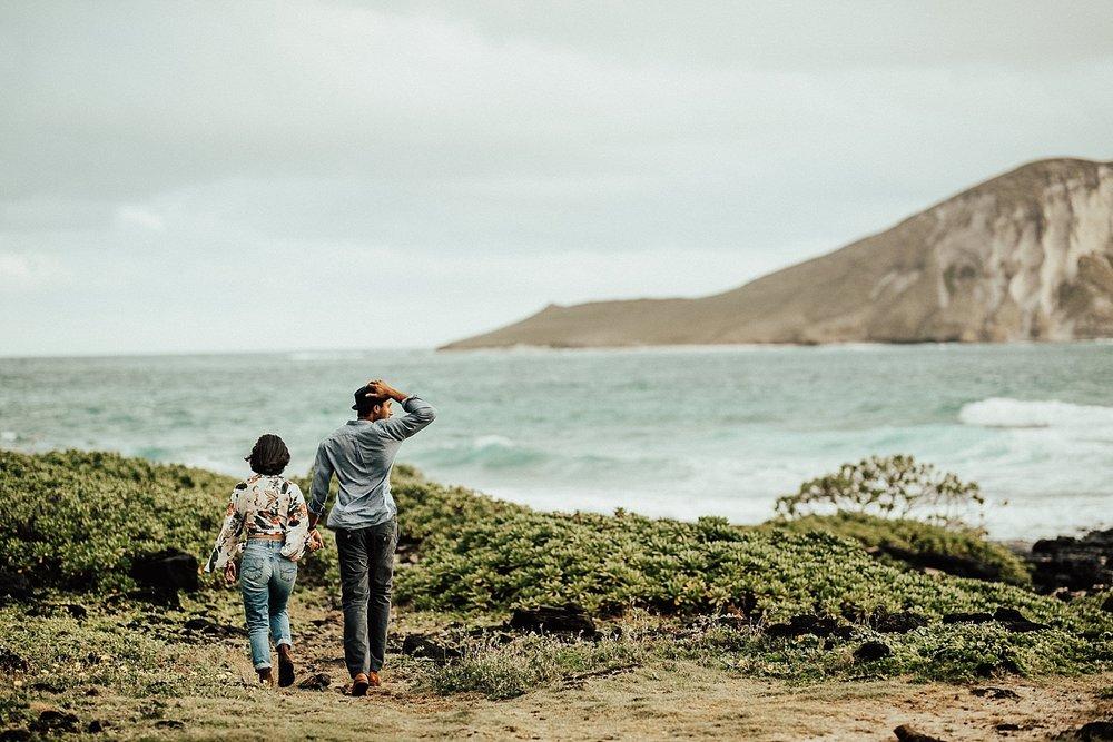 oahu-hawaii-adventurous-destination-intimate-elopement-photographer-lindsey-roman-18.jpg