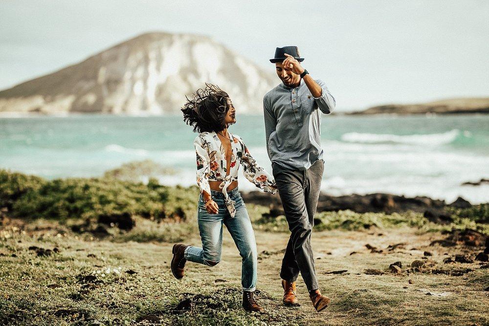 oahu-hawaii-adventurous-destination-intimate-elopement-photographer-lindsey-roman-20.jpg