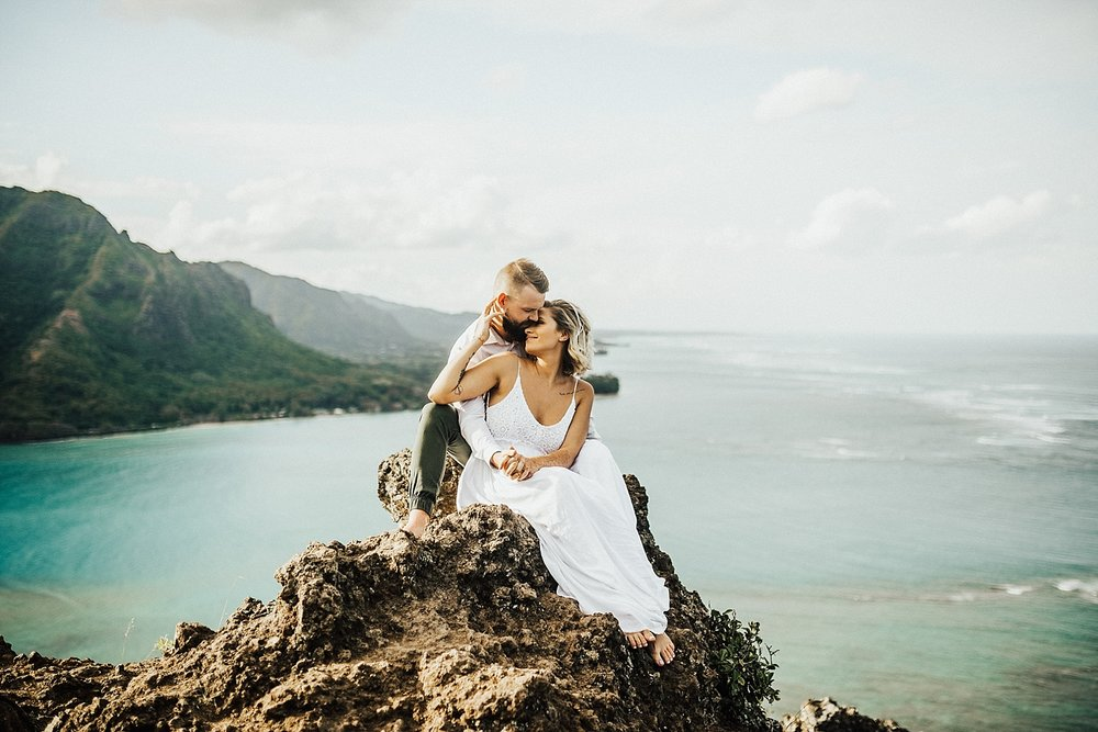 oahu-hawaii-north-shore-crouching-lion-adventurous-destination-photographer-lindsey-roman-29.jpg