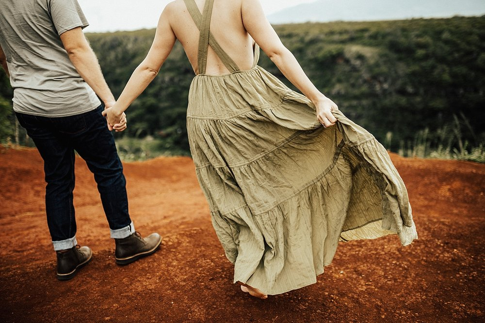 Copy of north-shore-oahu-hawaii-waimea-bay-sena-nelson-lindsey-roman-destination-elopement-photographer-10.jpg