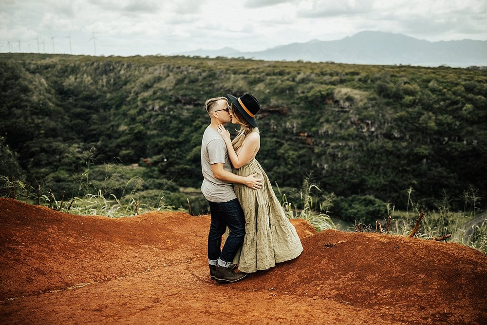 Copy of north-shore-oahu-hawaii-waimea-bay-sena-nelson-lindsey-roman-destination-elopement-photographer-11.jpg