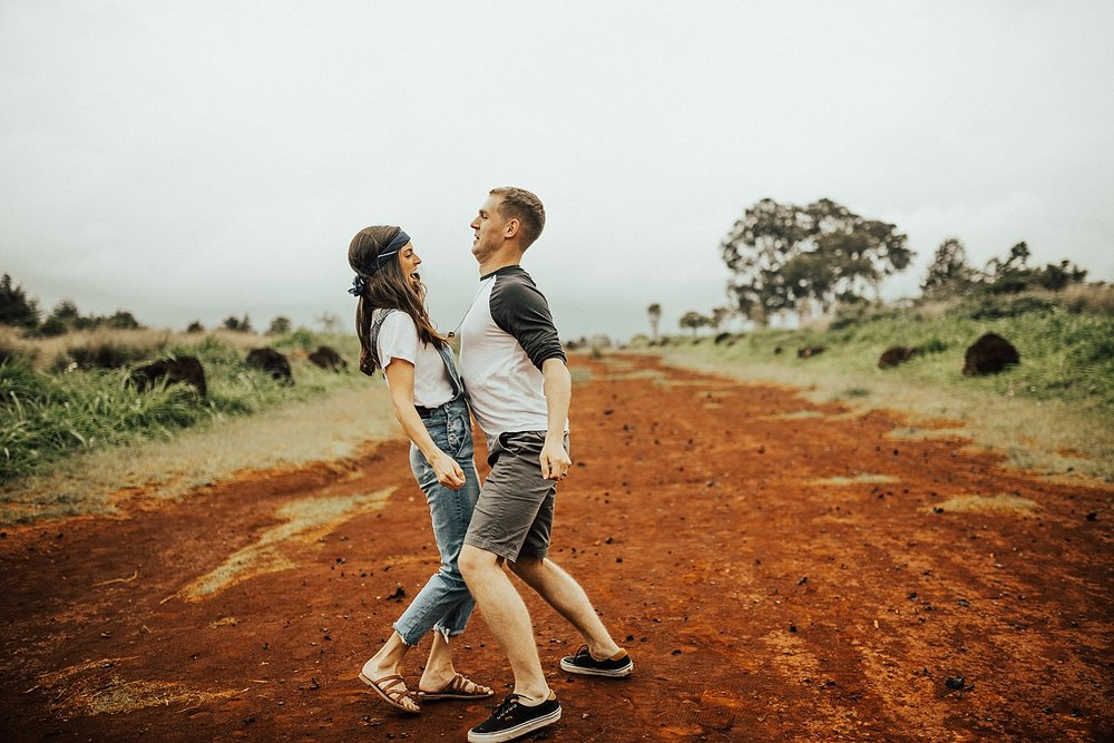 north-shore-oahu-hawaii-lindsey-roman-destination-elopement-photographer-5.jpg