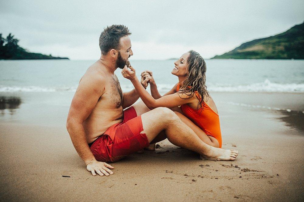 kauai-hawaii-napali-coast-couple-session-jordan-lee-dooley-soul-scripts-lindsey-roman-destination-elopement-photographer-40.jpg