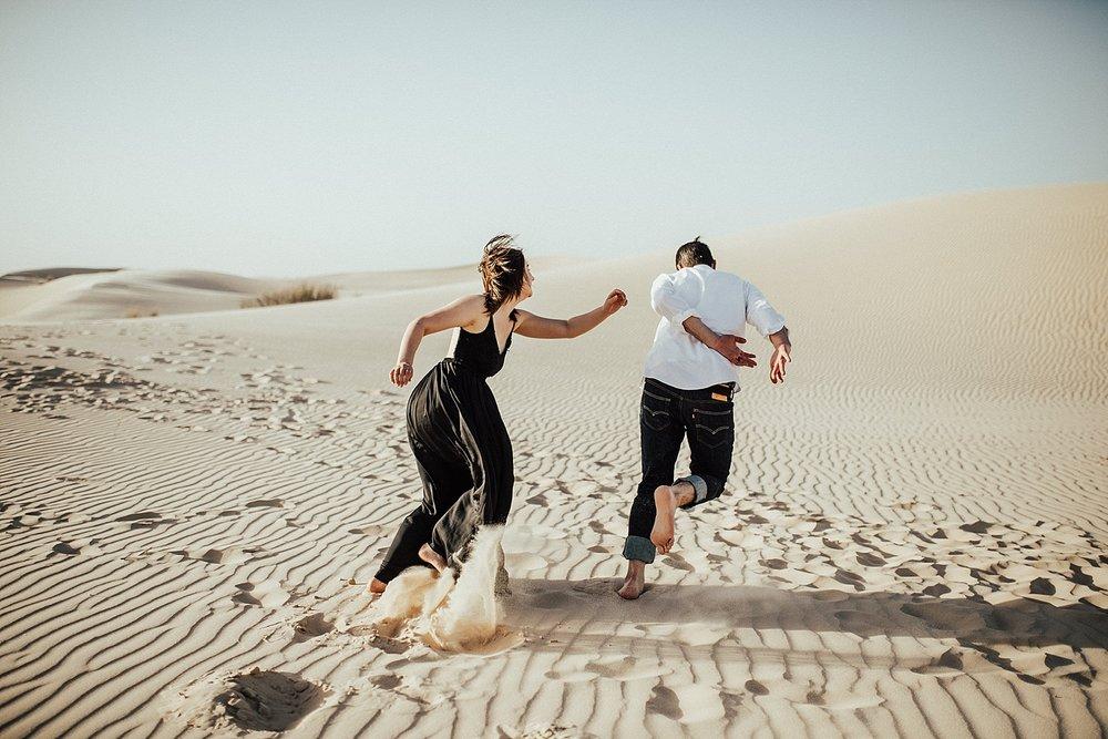 lindsey-roman-sand-dune-anniversary-session-adventurous-destination-elopement-photographer-4.jpg