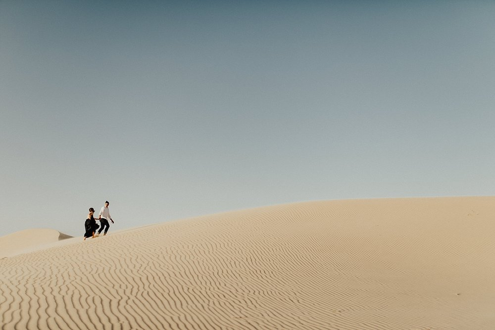 lindsey-roman-sand-dune-anniversary-session-adventurous-destination-elopement-photographer-12.jpg