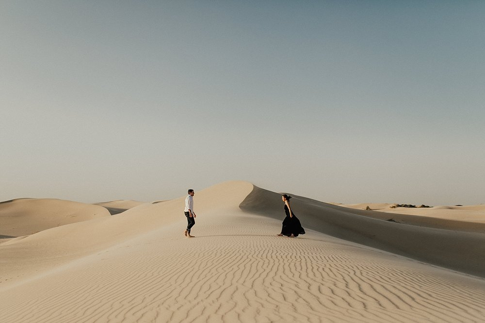 lindsey-roman-sand-dune-anniversary-session-adventurous-destination-elopement-photographer-19.jpg