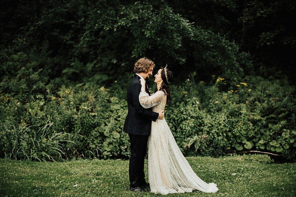 new-england-woodstock-vermont-estate-gothic-dark-untraditional-wedding-106.jpg