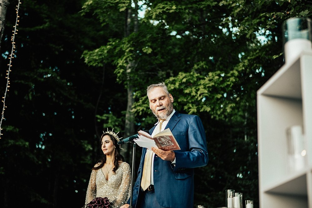 east-coast-woodstock-vermont-dark-gothic-untraditional-enchanted-forest-wedding-inspiration-lindsey-roman-photography-43.jpg