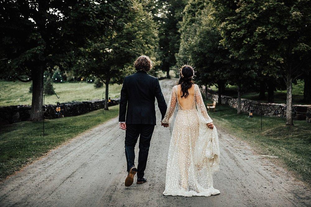 east-coast-woodstock-vermont-dark-gothic-untraditional-enchanted-forest-wedding-inspiration-lindsey-roman-photography-69.jpg