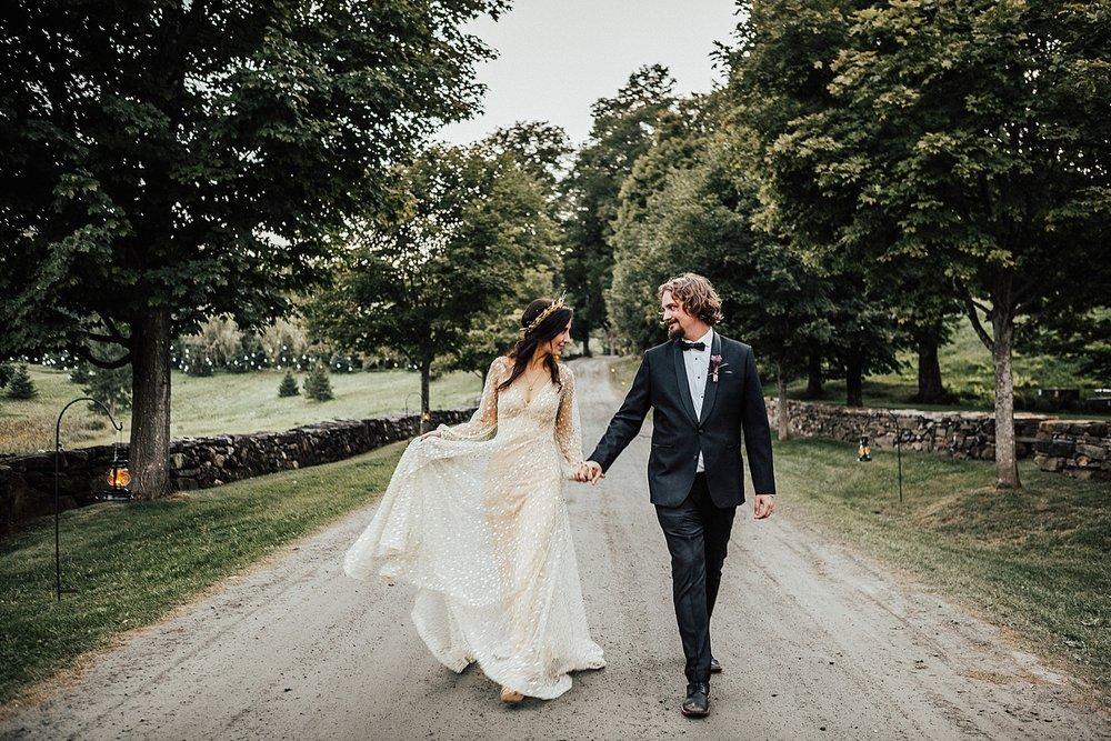 east-coast-woodstock-vermont-dark-gothic-untraditional-enchanted-forest-wedding-inspiration-lindsey-roman-photography-70.jpg