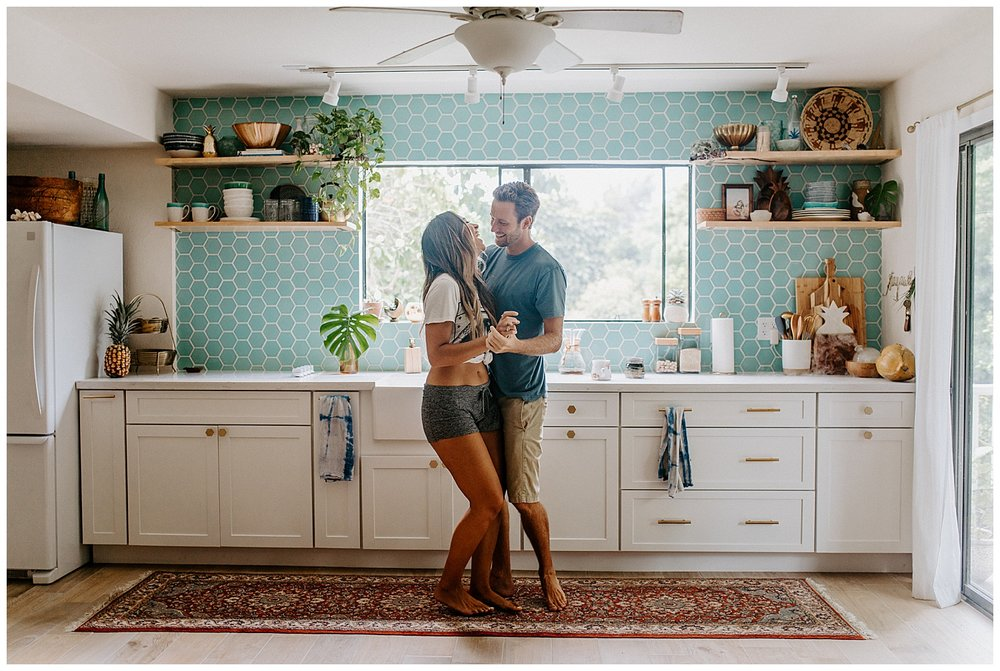big-island-kona-hawaii-in-home-couples-session-15.jpg