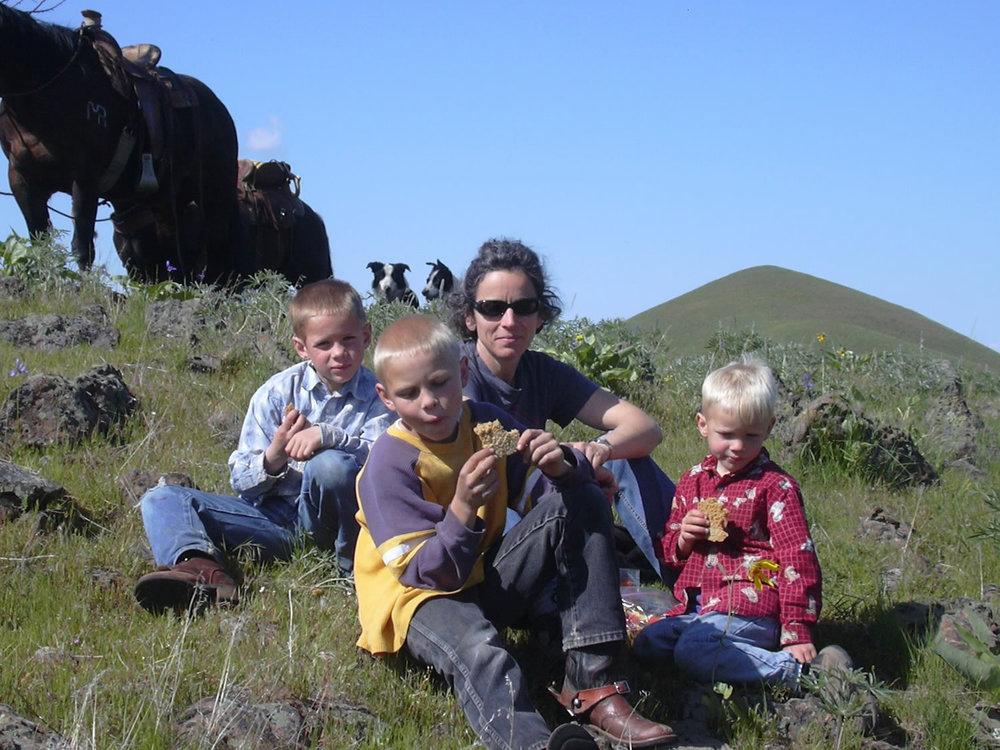 grass-fed-beef-familyDSCN0039.jpg