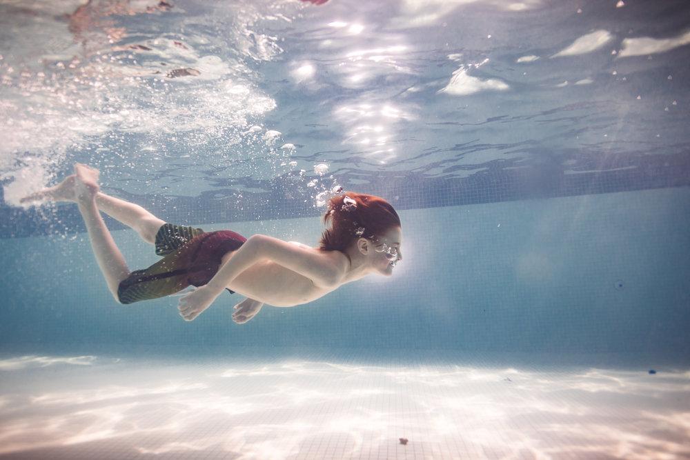 Jennifer Kapala Underwater Kids -3.jpg