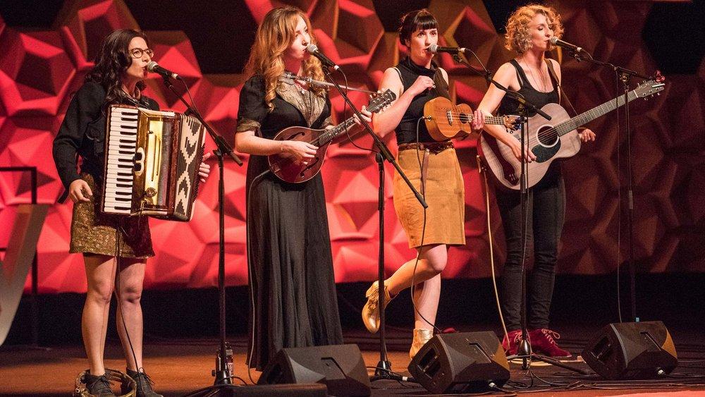 The Exes perform at TedX Sydney at Sydney Opera House. Image via TedXSydney.com