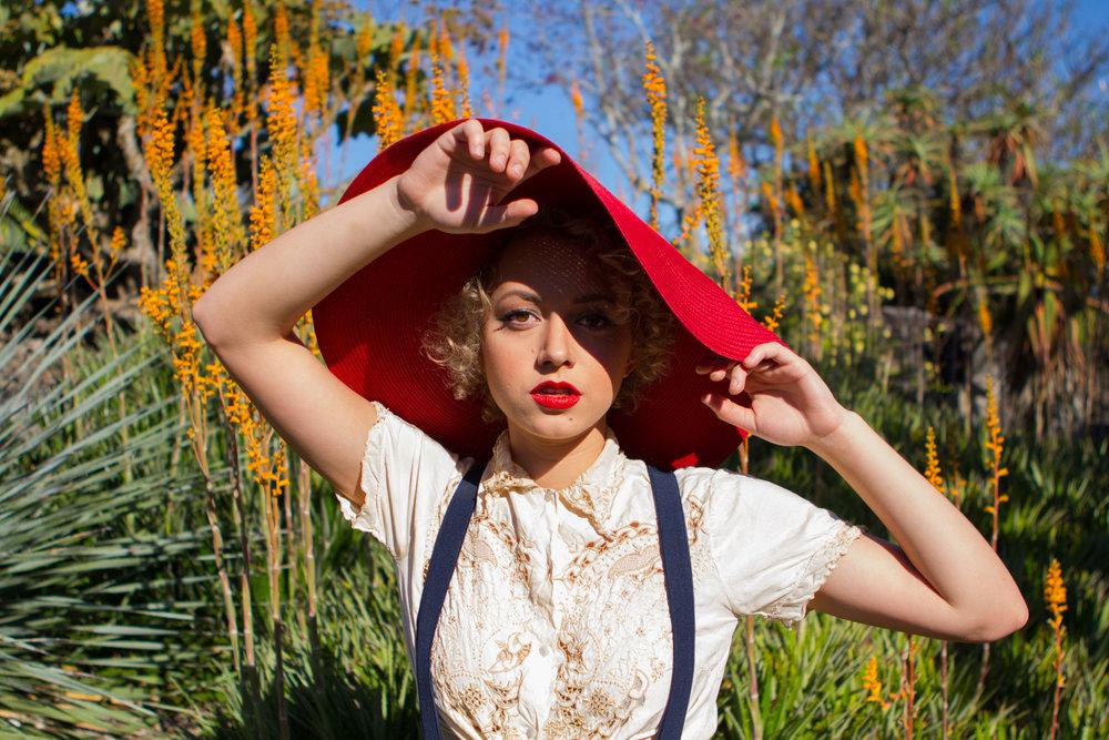Sahara Beck_headshot.jpg