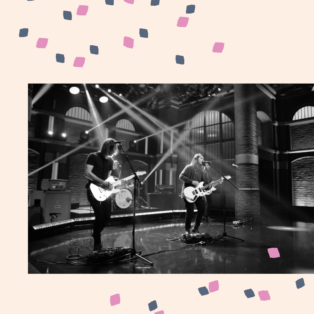 Alex Lahey appears on the Seth Meyers show. - Smashes it out of the ball park like the pro she is.