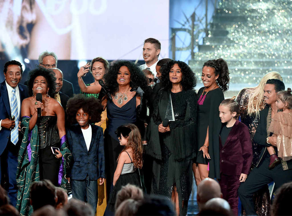 Diana Ross and her family at the 2017 AMAs. Image Getty/Kevin Winter