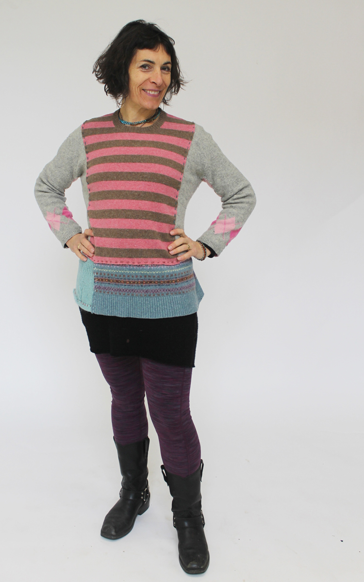 Simple pullover sweater made in a single day workshop.