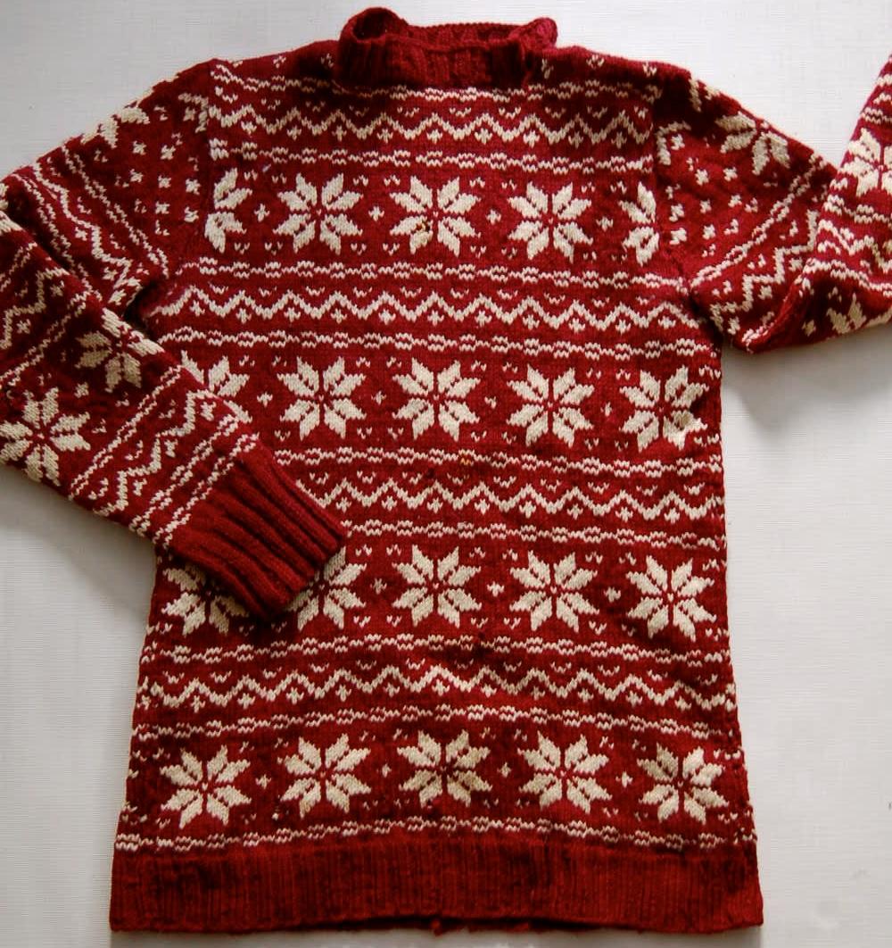 Hige School Sweater