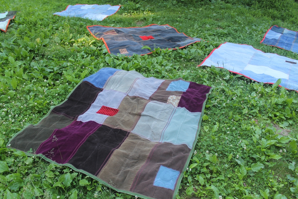 06.25.15 Jewel Picnic Blanket2.jpg