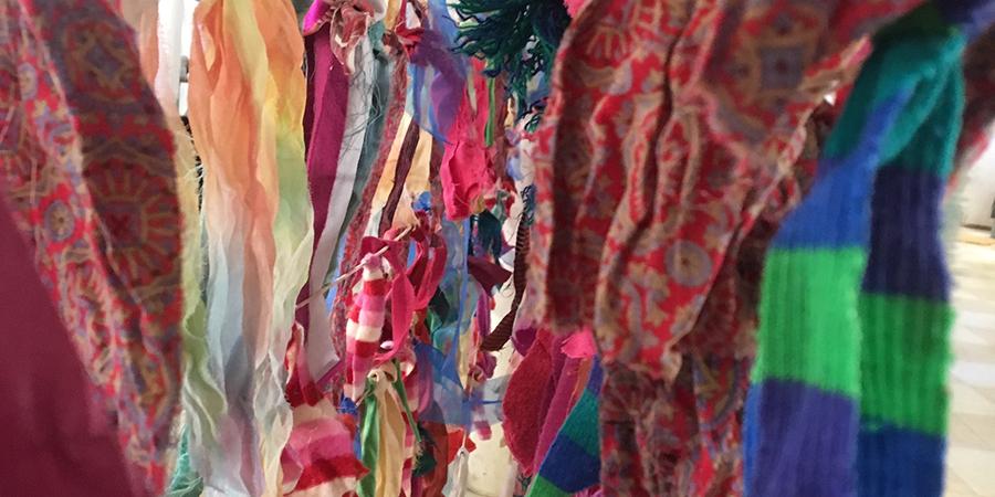 11.19.18 makeday garlands.jpg