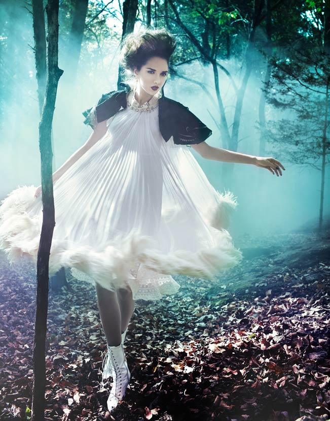 Brunette woman in white puffy dress walking through mystical foggy forest - Mark DeLong: Fashion Gallery
