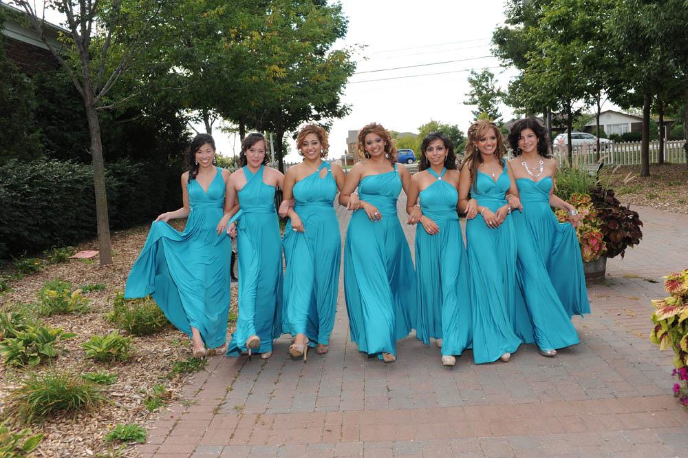 Mz0j-saras-bridemaids.jpg