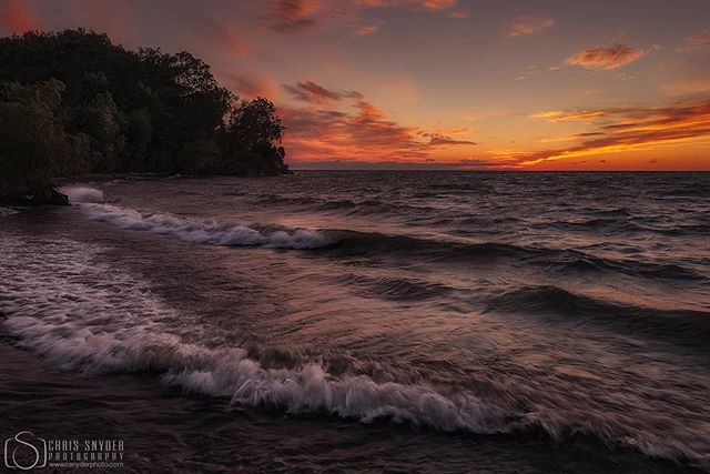 Lake Ontario sunset #lakeontario #fourmilecreek #sunset #landscapephotography #nikonphotography