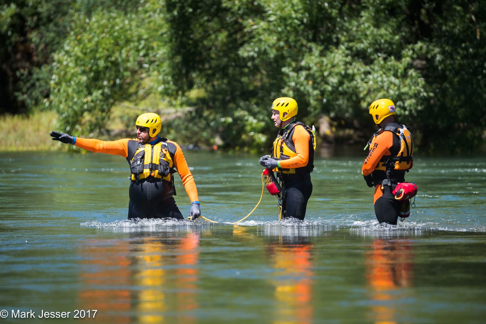 (Photo Mark Jesser/ Mark Jesser Photography) Lake Eildon. SES Vic Swiftwater Rescue. 