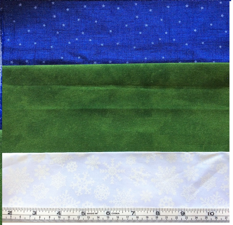 Northcott Fabrics - Santa Claus is coming to town 9020-78 greenSilent night 21661-10 white and Silent night 21660-49 blue