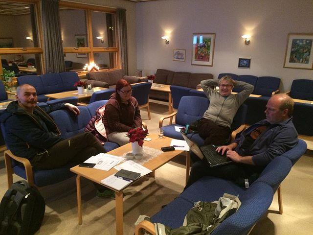 #styre #styremøte #hund #hundeklubb #harstadhundeklubb #harstad #hundtilnytteogglede  #frivilligarbeid #koseross #team #teamwork