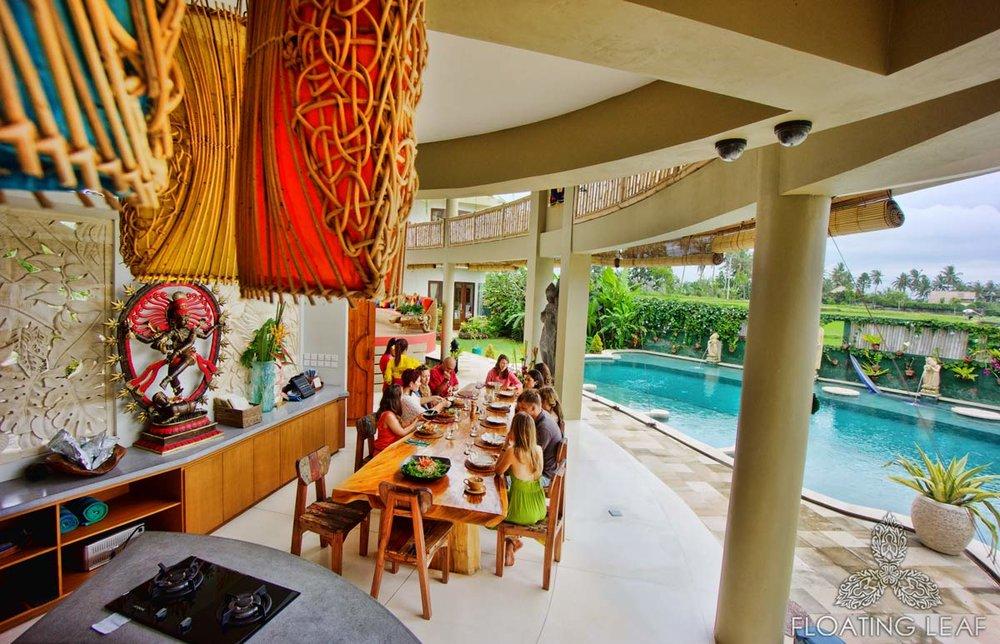 dining-area-pool.jpg