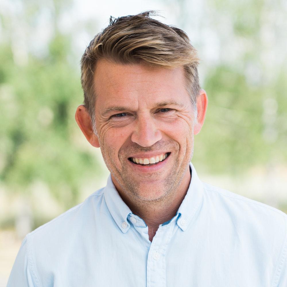 Tor Erling Fagermoen   Regional Secretary IFES Europe   Tlf:996 16 357 Epost:  tef@nkss.no