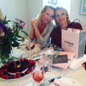 Fødselsdag med min skønne Claire- som selv satte fokus på feminin energi og hylde sig selv med lækker mad og godt selvskab.