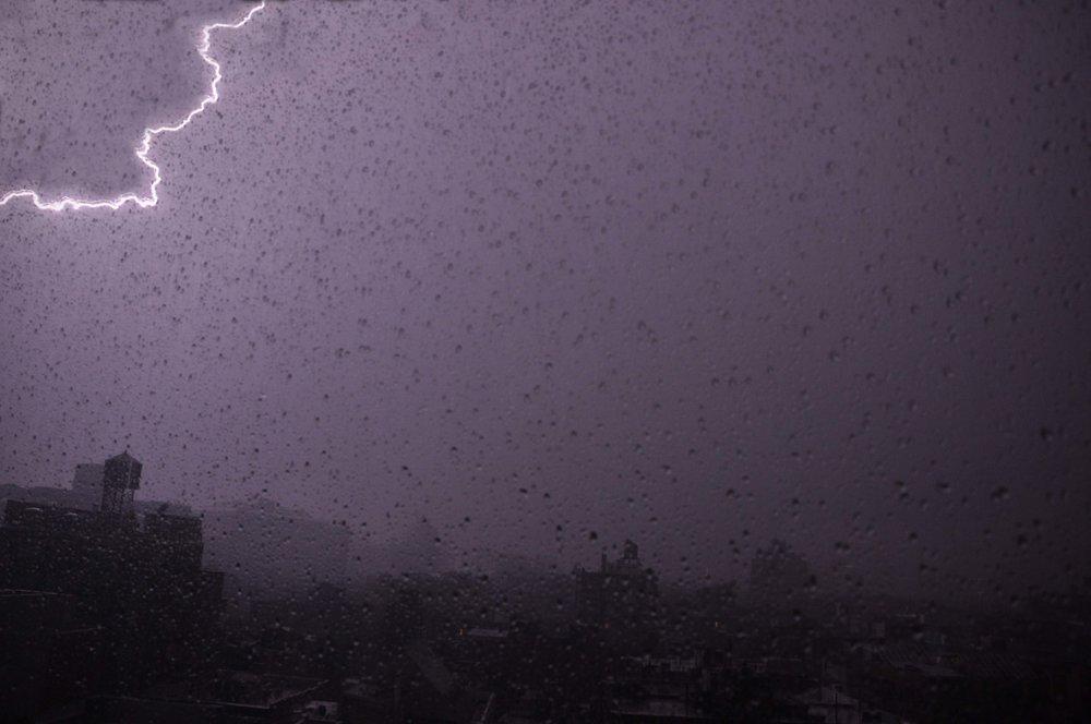Breen LightningVign.jpg