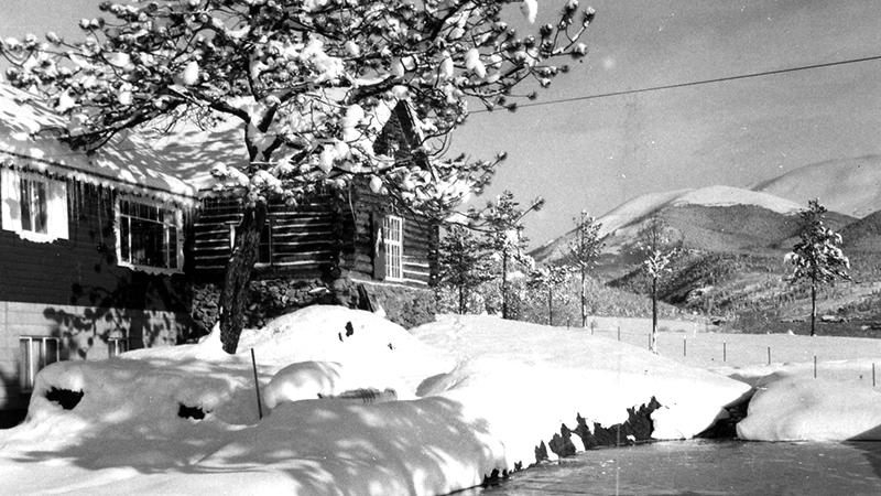 SnowyRanchLodge.jpg