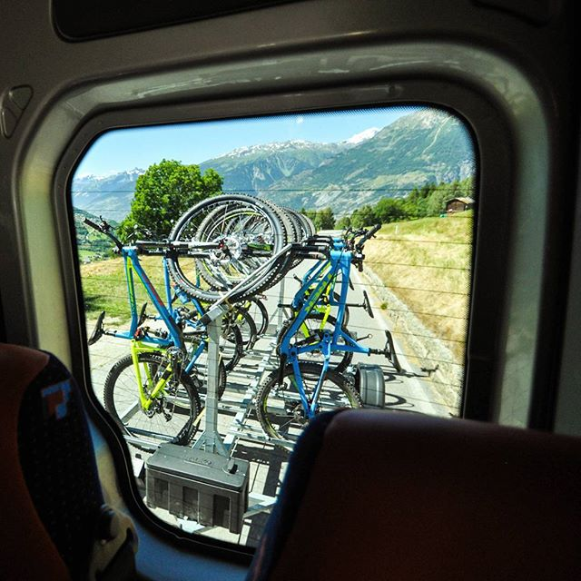 Sometimes you just want to take the easy way up!  Let us know if you are interested in shuttle tours.  Contact infos in bio. #bmc #bikeswitzerland #mtbswitzerland